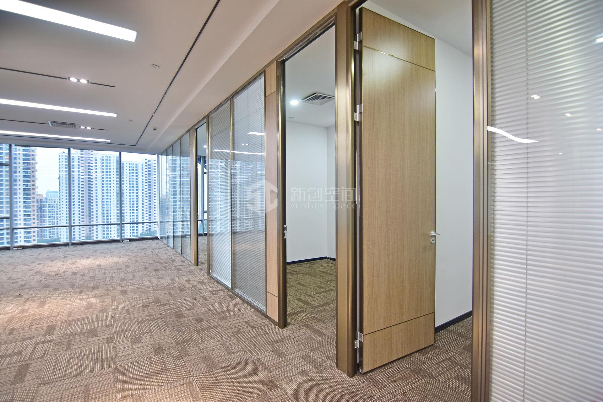 智慧广场655㎡精装办公室出租56330元/月