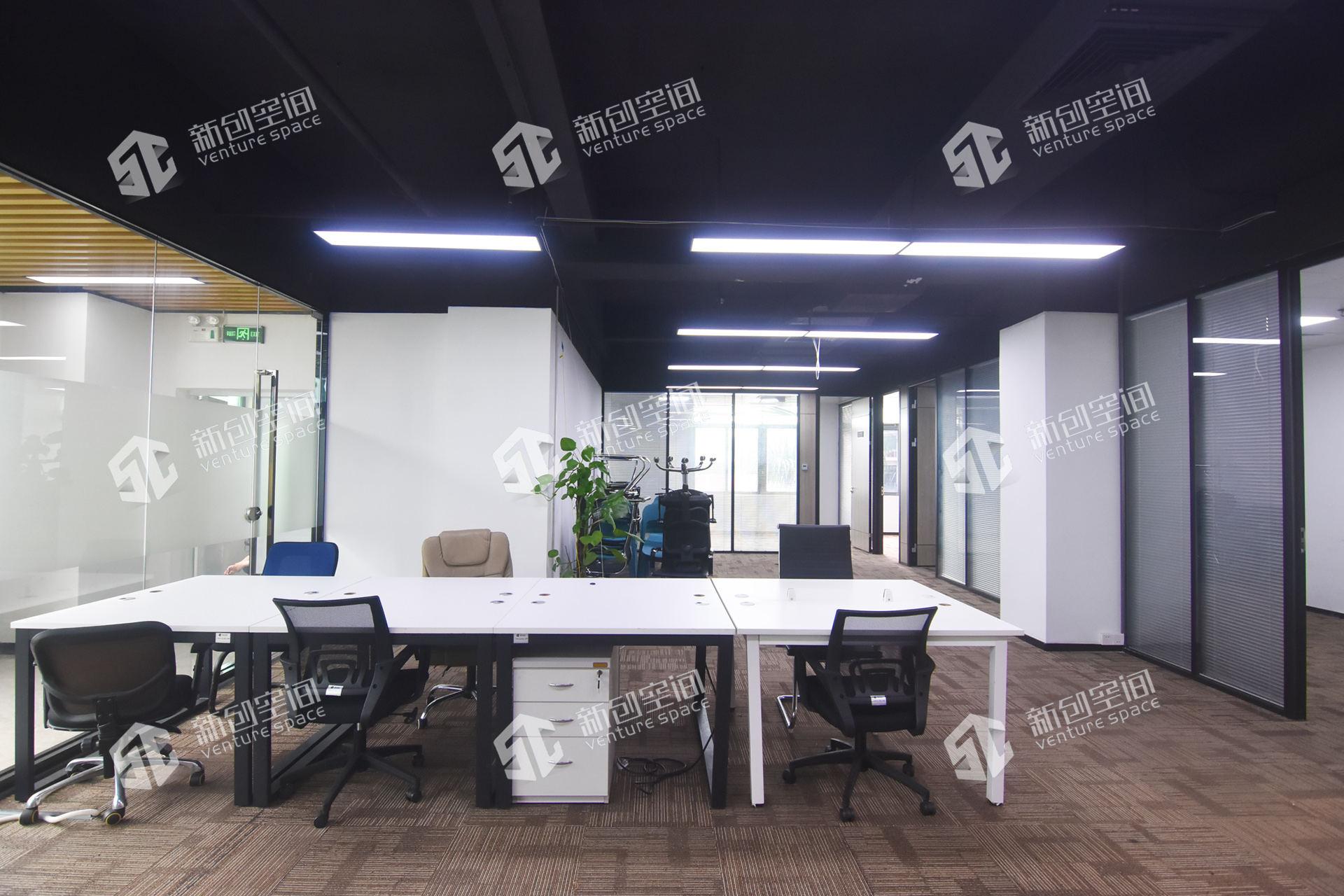 深圳虚拟大学园334㎡精装办公室出租21710元/月