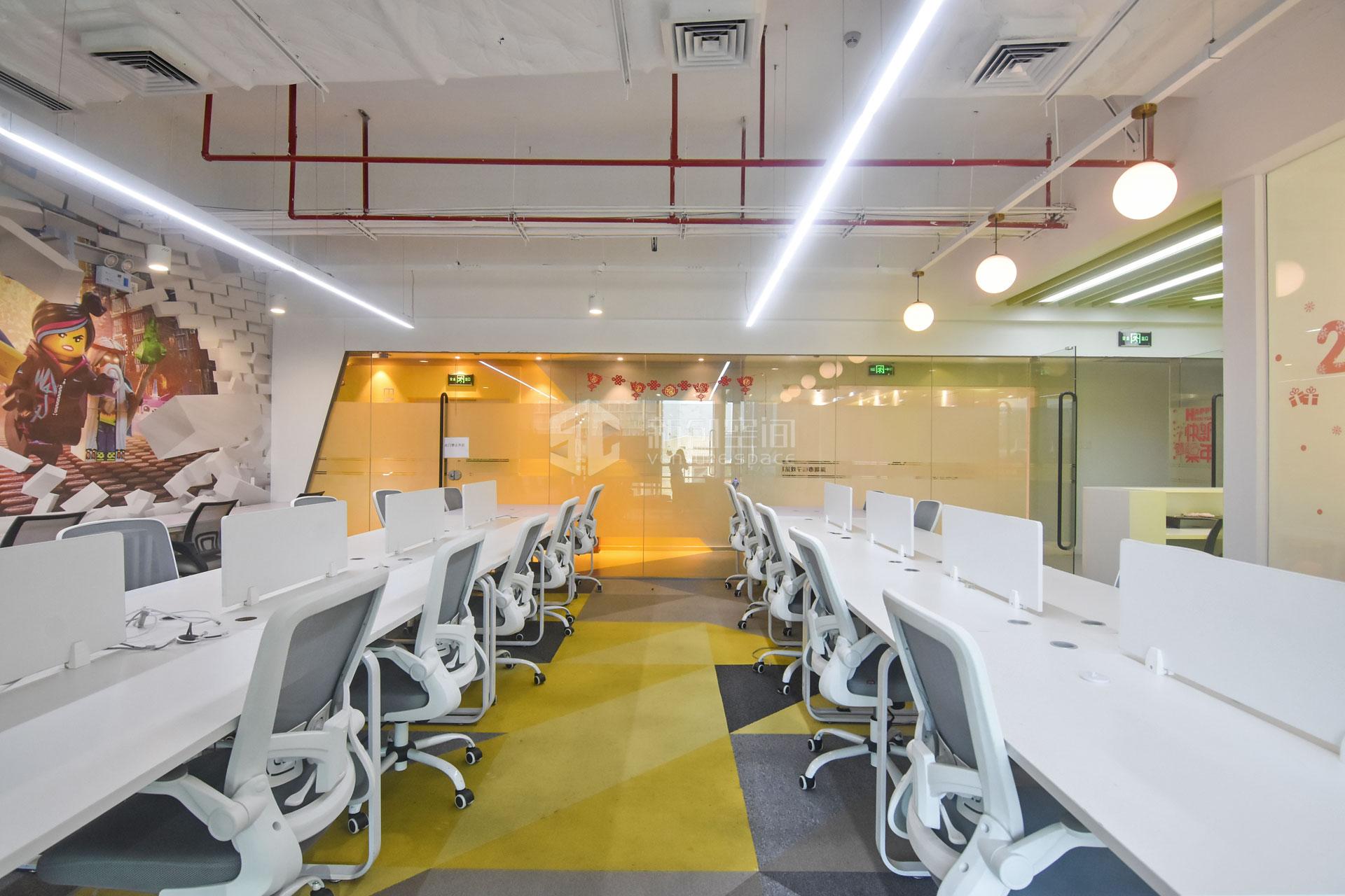 赛西科技大厦315㎡精装办公室出租30870元/月