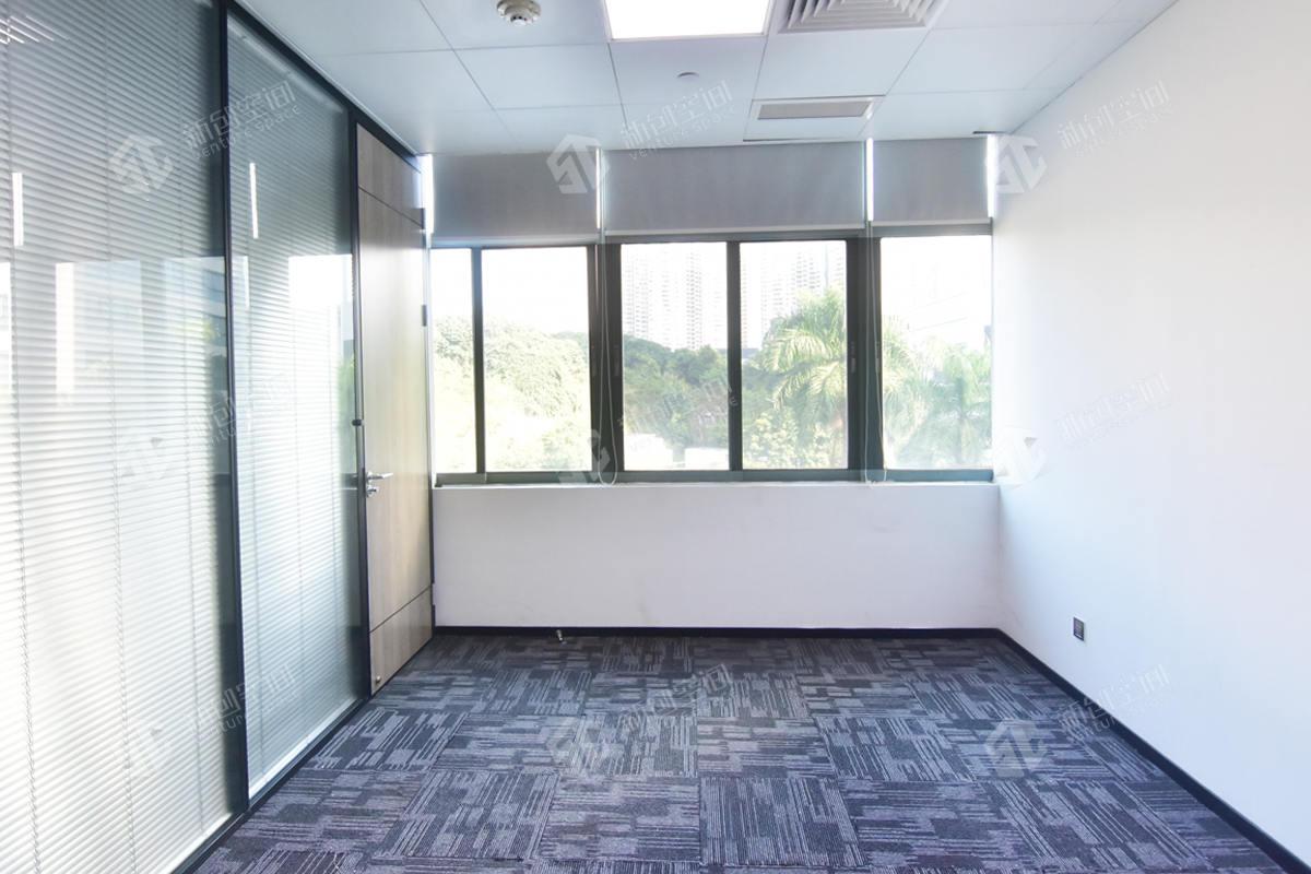 深圳虚拟大学园264㎡精装办公室出租17160元/月