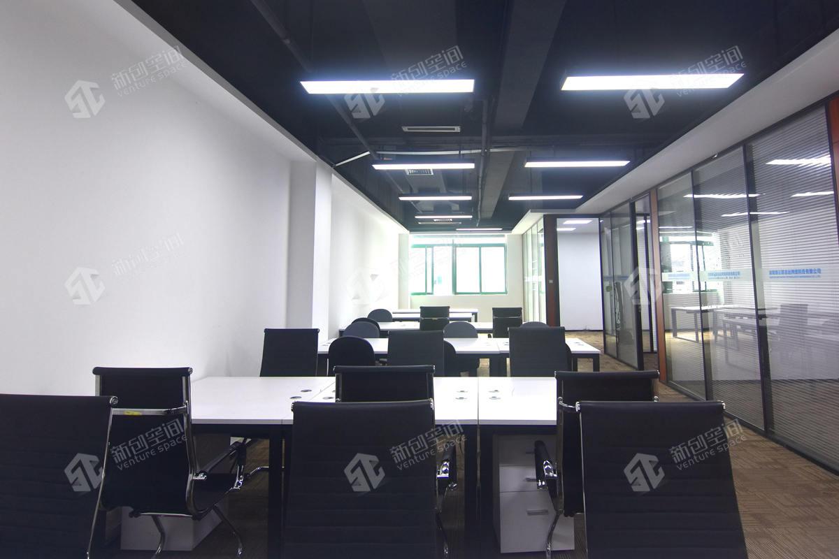深圳虚拟大学园329m²办公室出租21385元/月