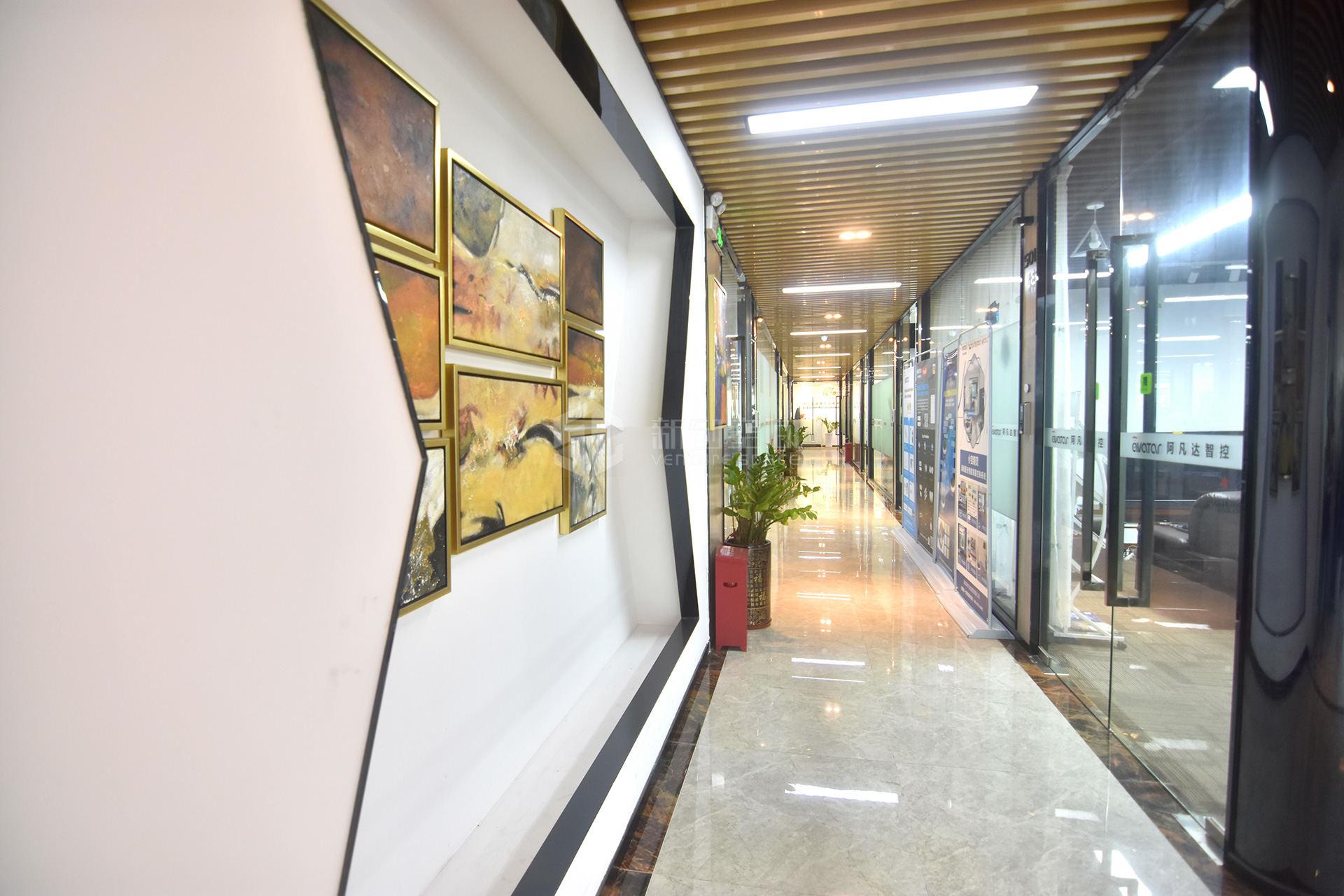 高新技术产业园111㎡精装办公室出租7215元/月