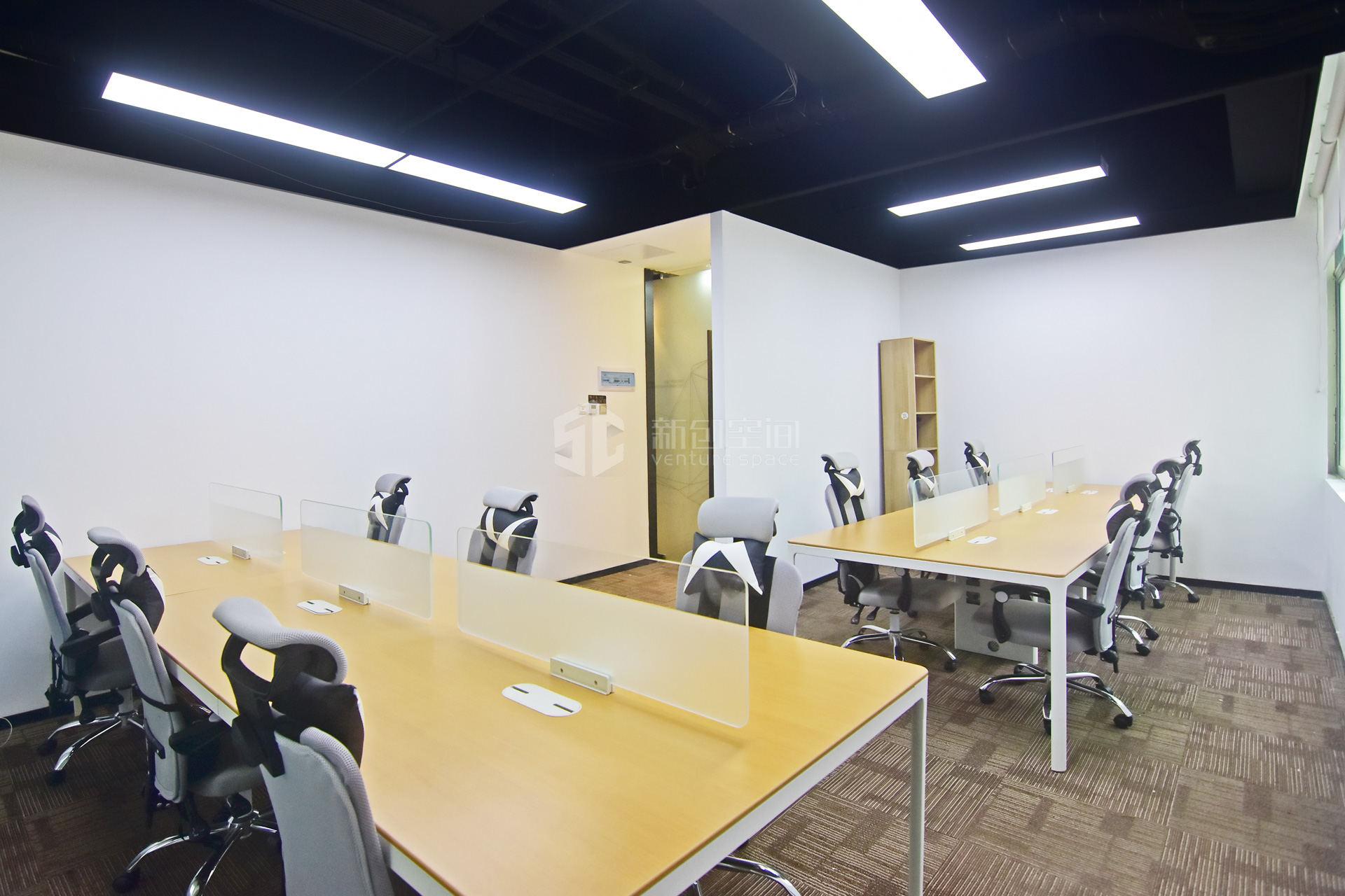 高新技术产业园140m²办公室出租9100元/月