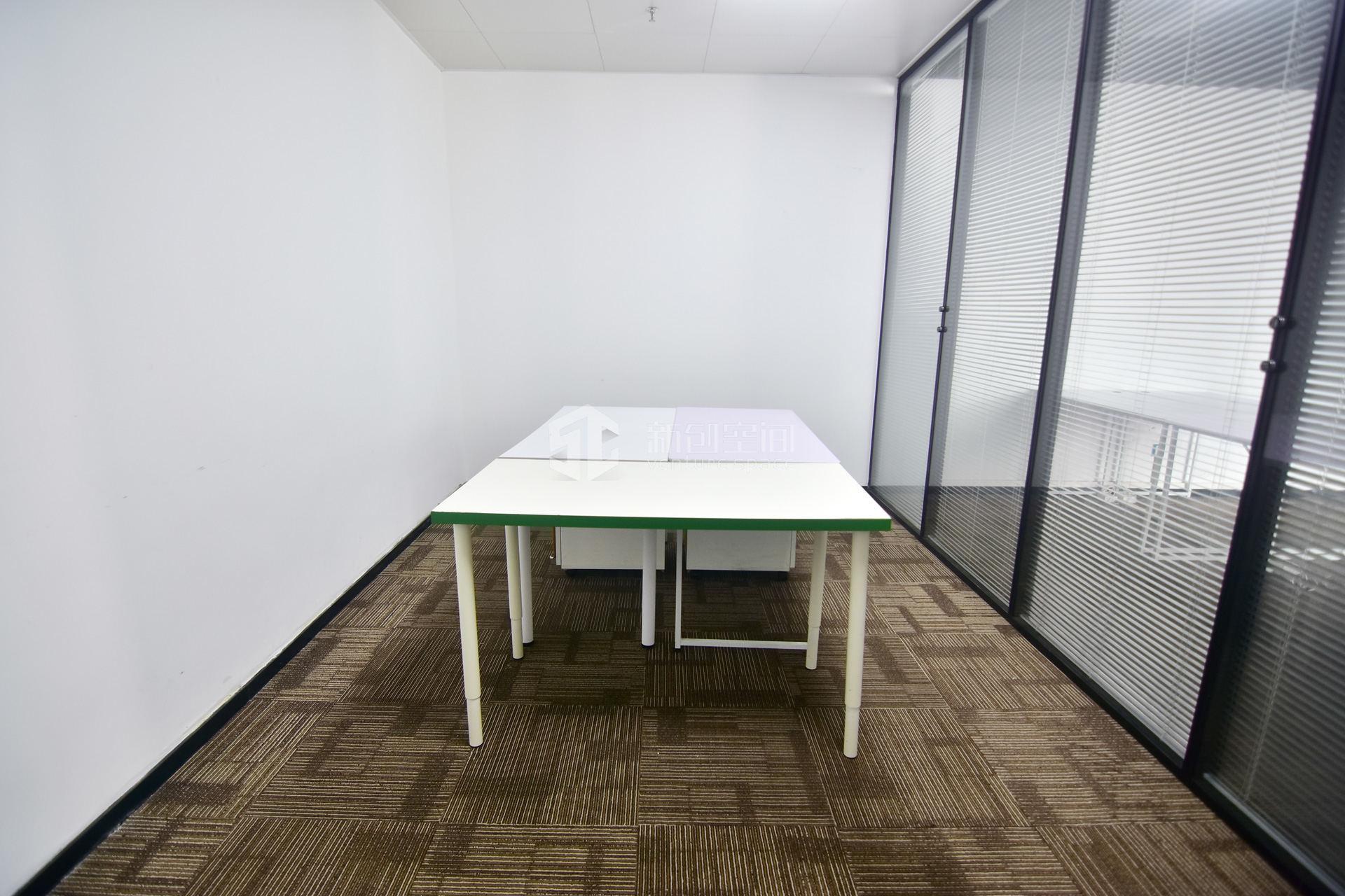 高新技术产业园120m²办公室出租7800元/月