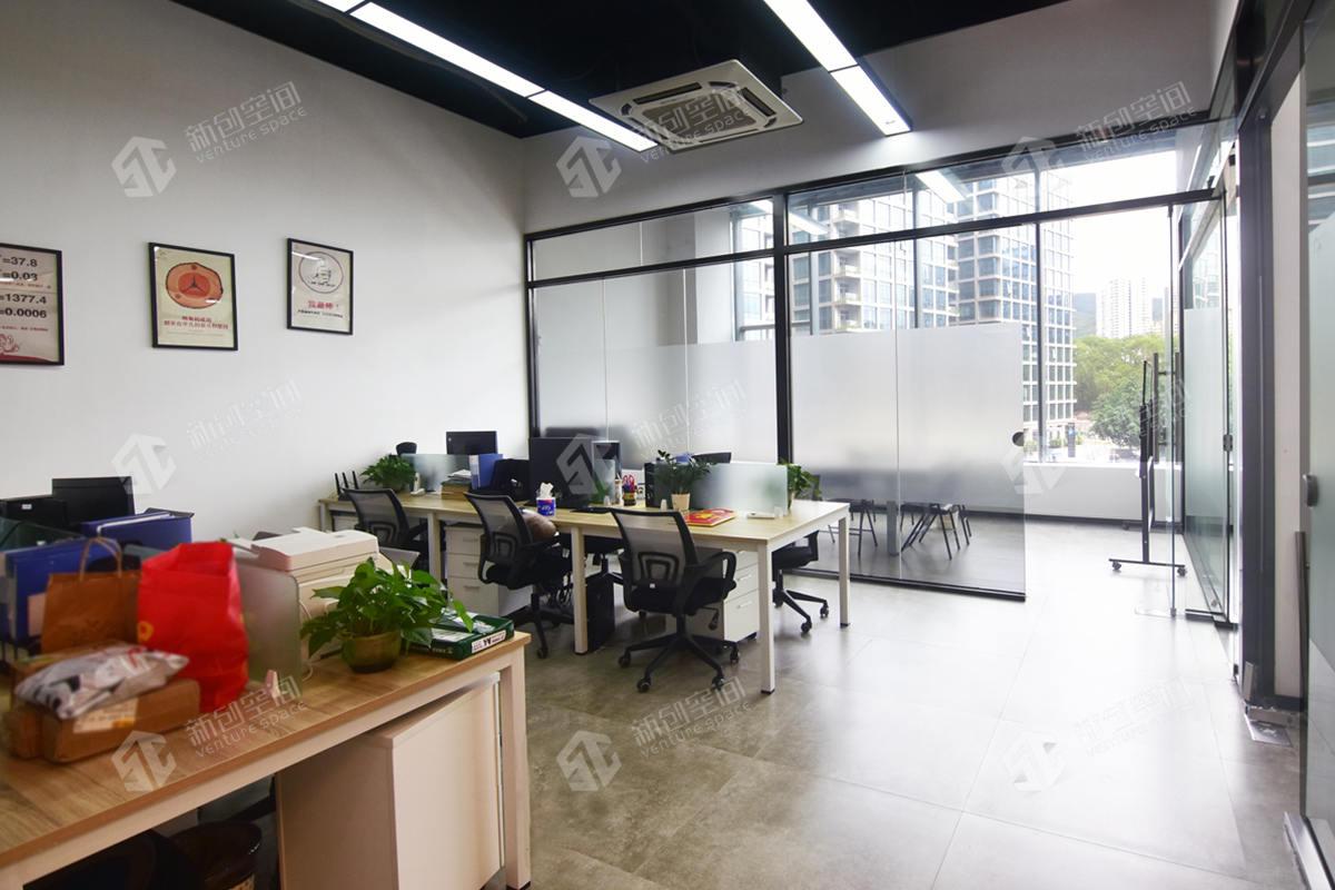 智慧广场218m²办公室出租18748元/月