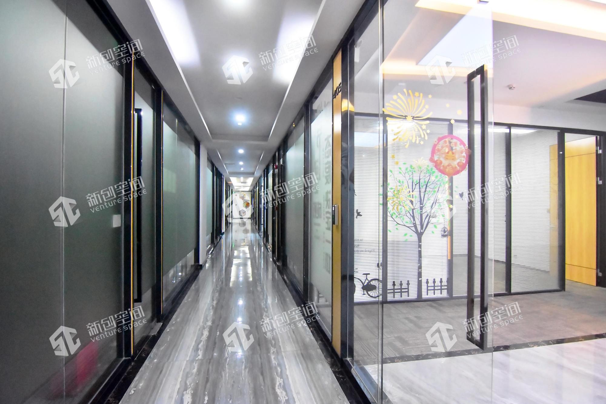 南山云谷创新产业园-南风楼365m²办公室出租18250元/月