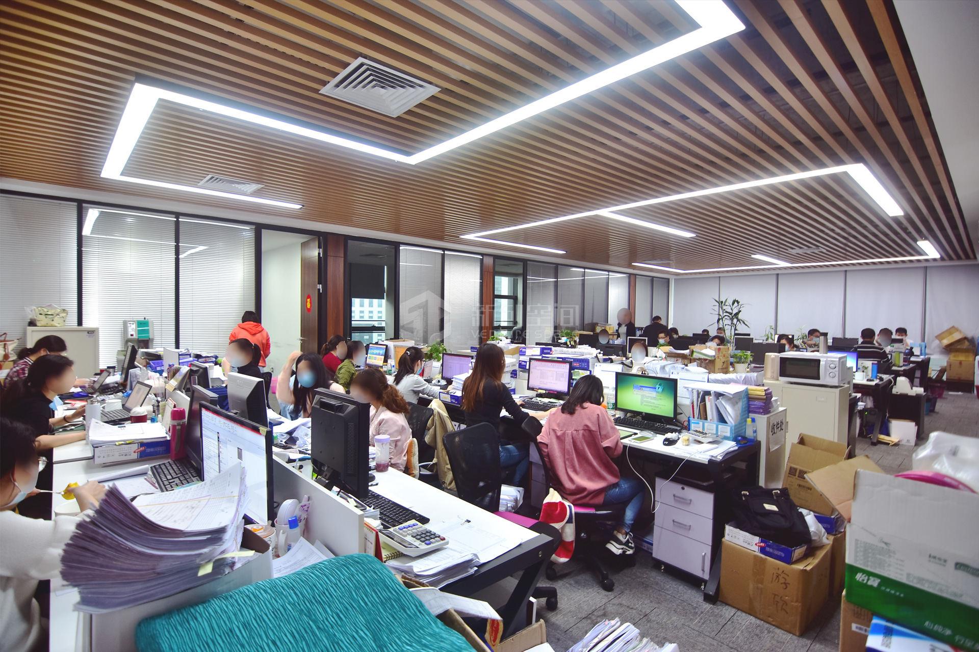 粤美特大厦438m²办公室出租40320元/月