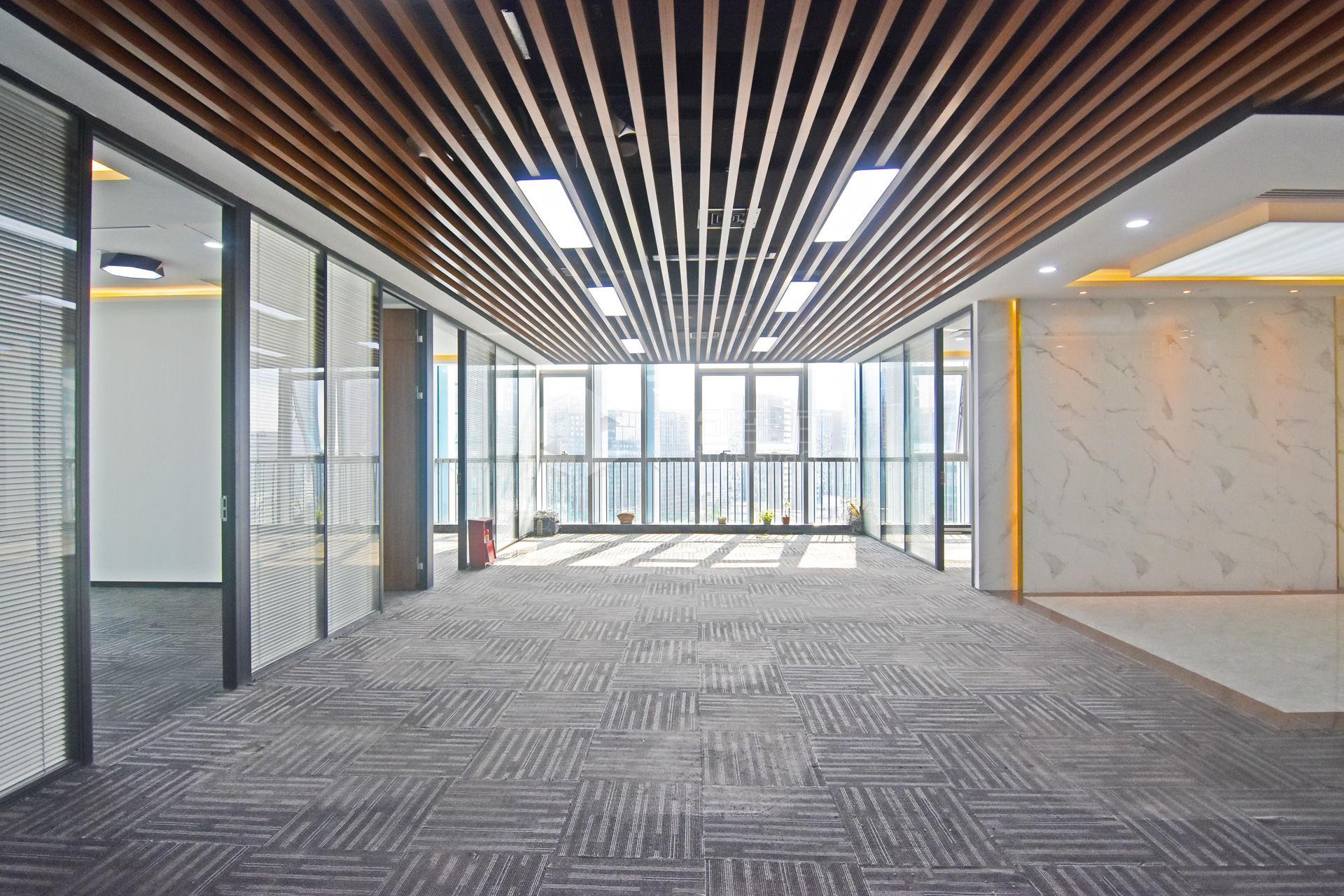 先健科技大厦385m²办公室出租34650元/月