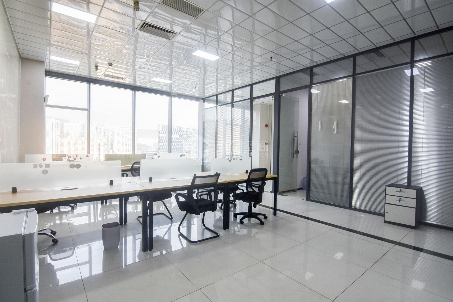 智慧广场192m²办公室出租17088元/月