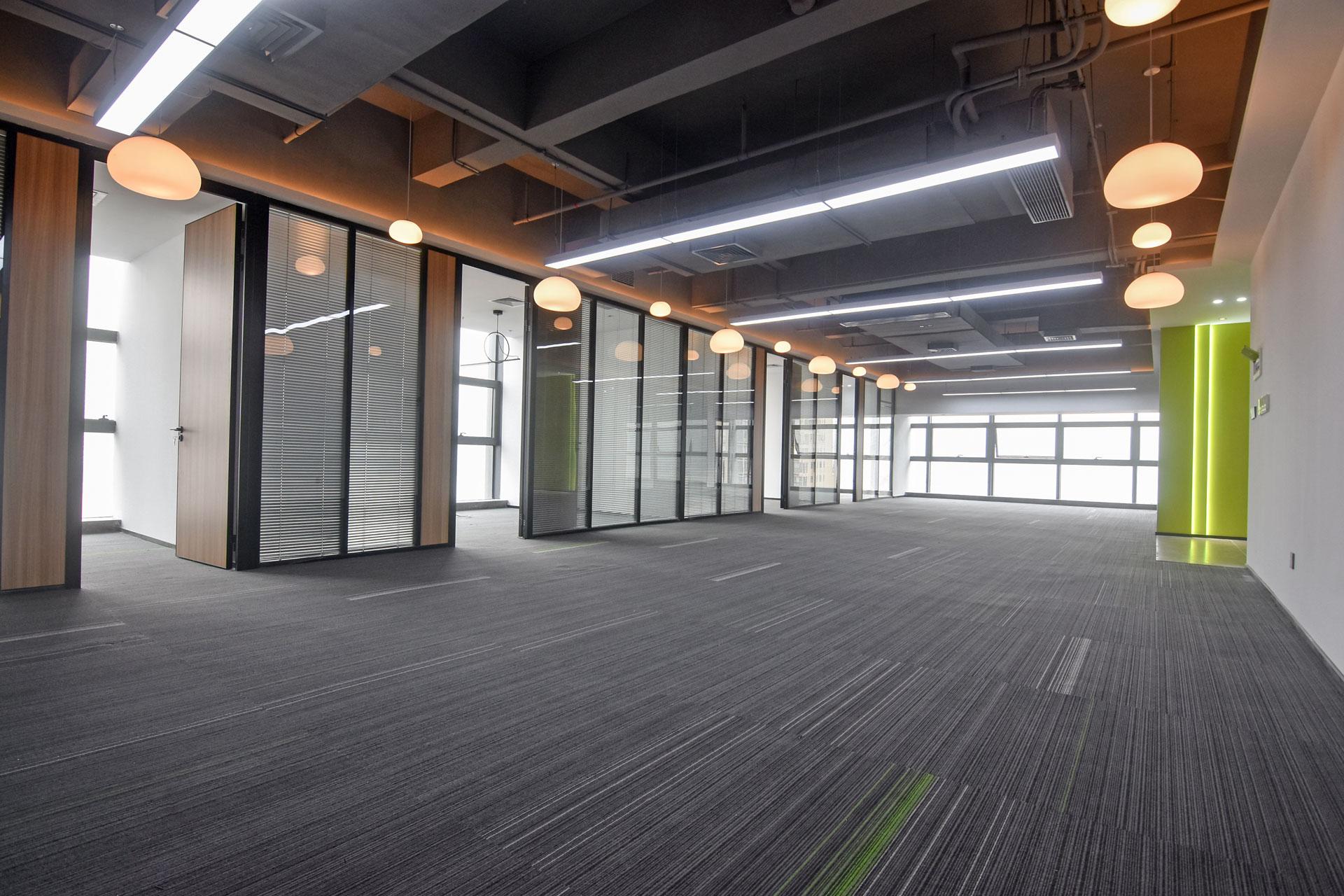 蘅芳科技大厦423m²办公室出租41454元/月
