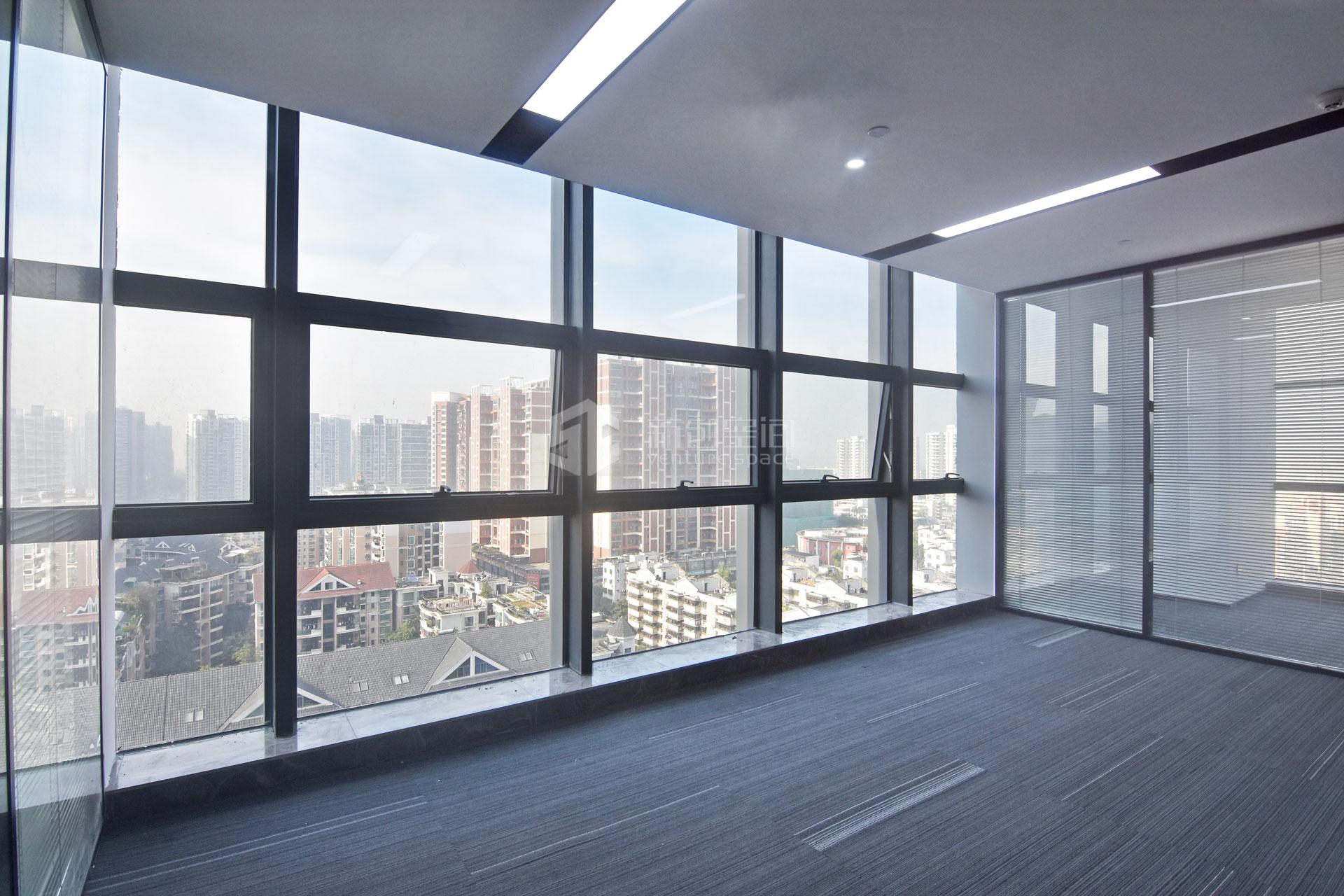 蘅芳科技大厦257m²办公室出租22616元/月