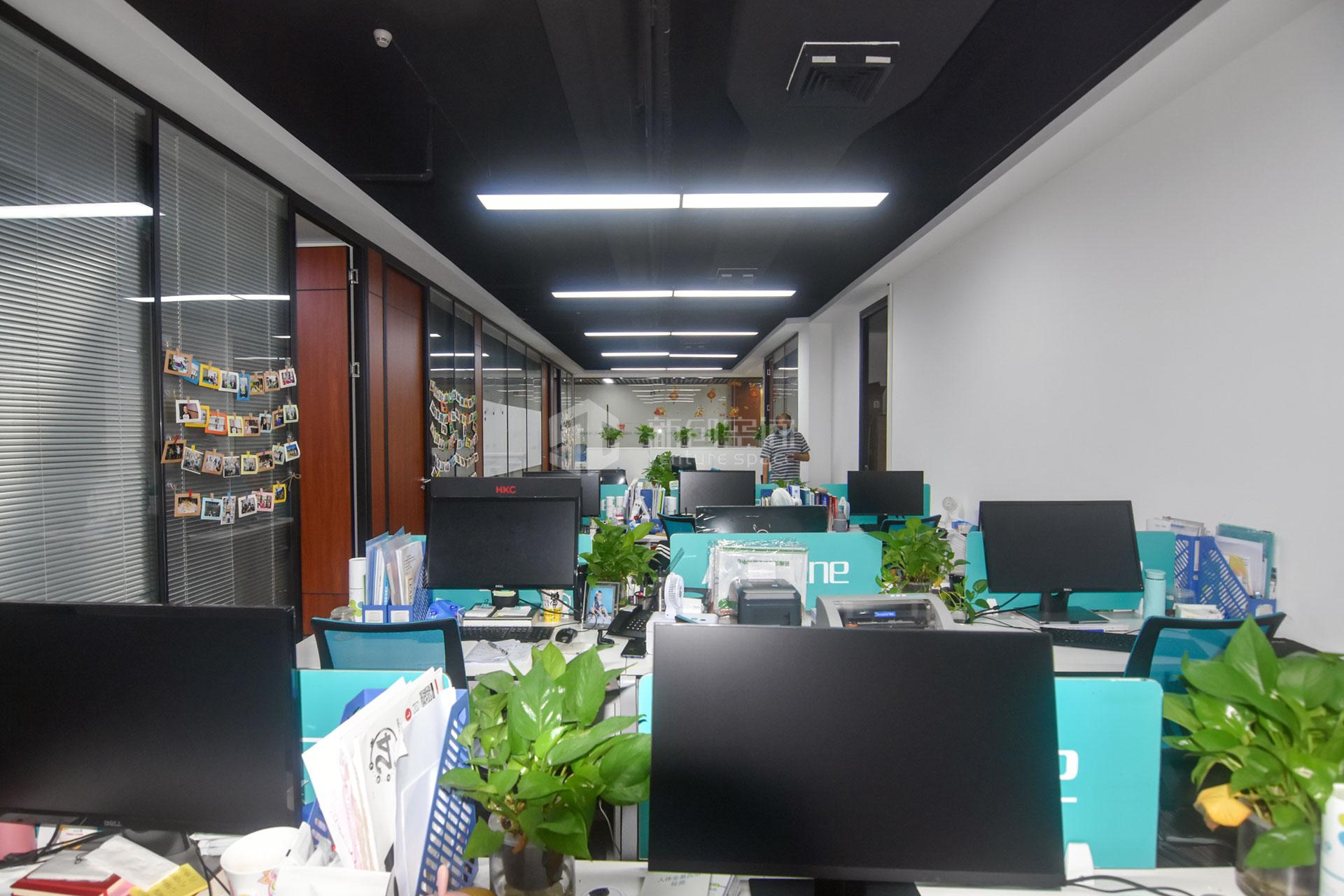 深圳虚拟大学园448m²办公室出租34048元/月