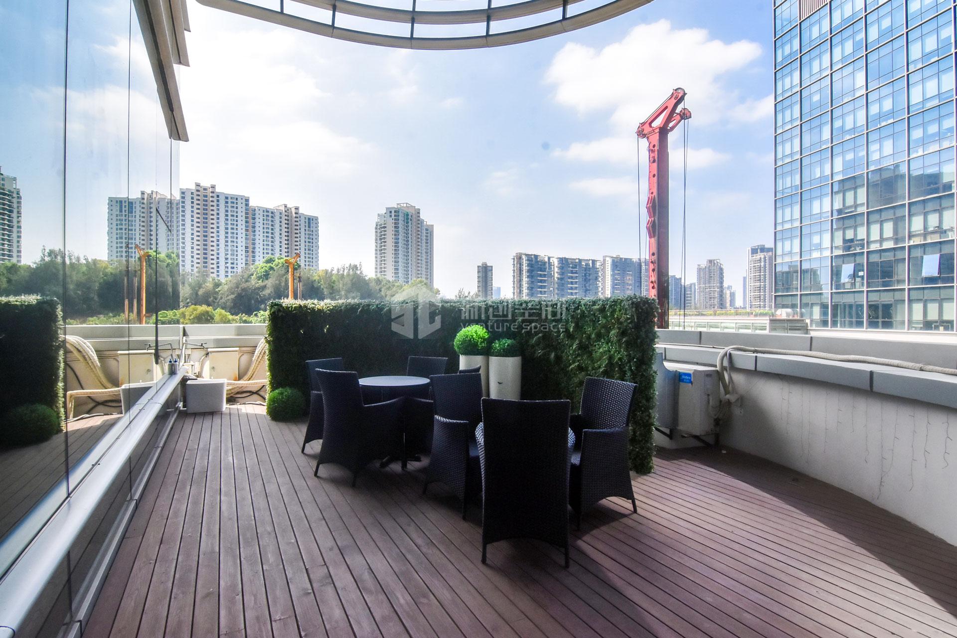 智慧广场261m²办公室出租23229元/月