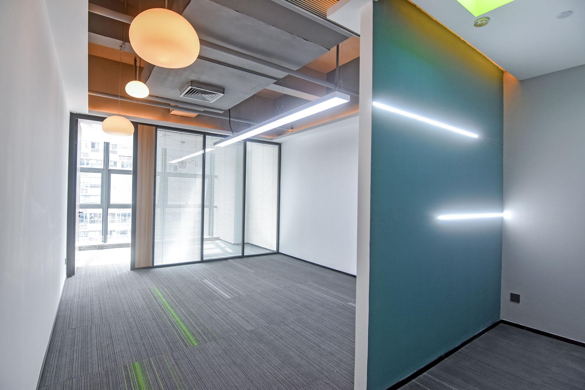蘅芳科技大厦87m²办公室出租7656元/月