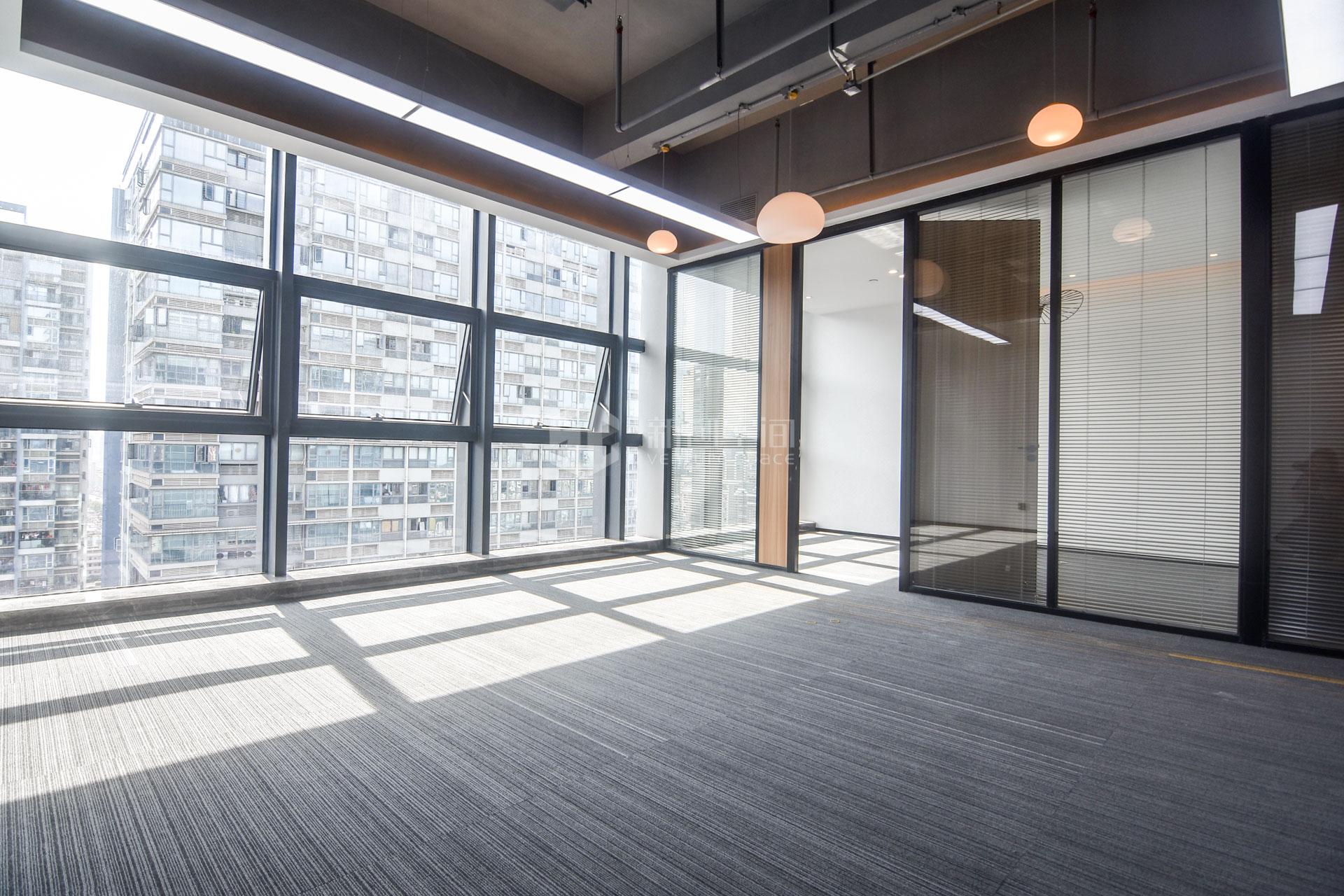 蘅芳科技大厦600m²办公室出租51000元/月