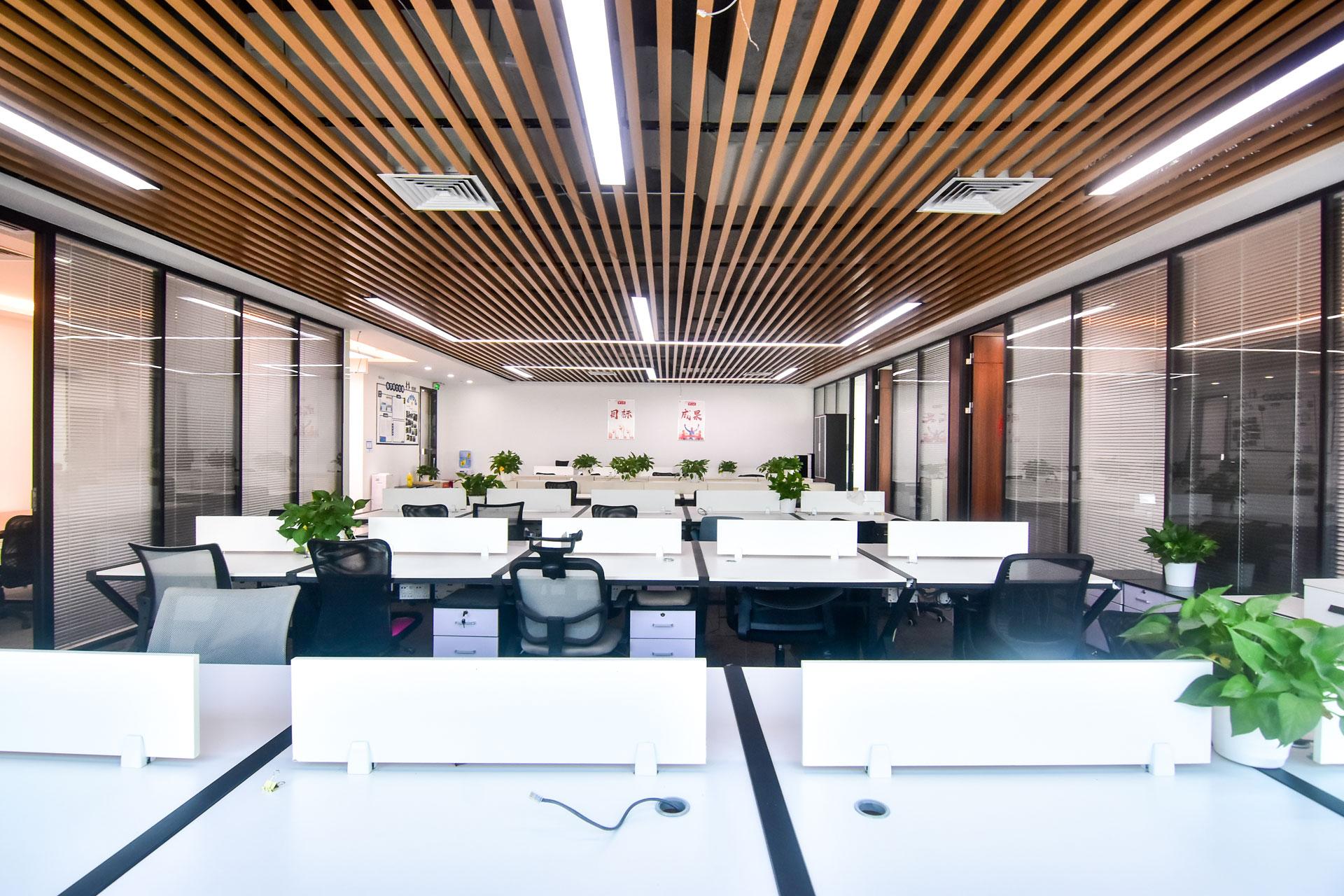 粤美特大厦576m²办公室出租43200元/月