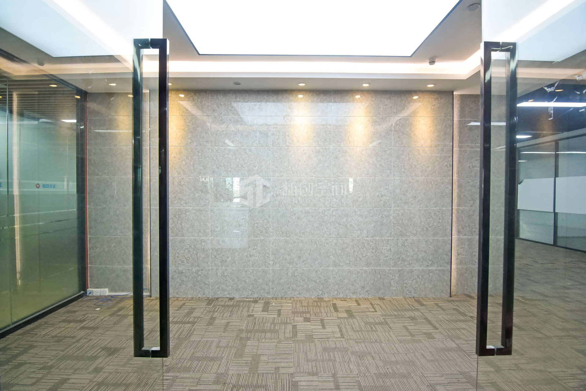 高新技术产业园448m²办公室出租30464元/月